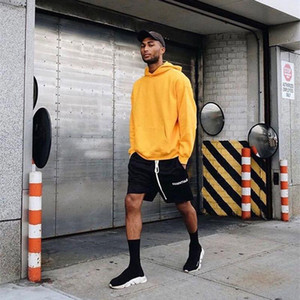 Mens Shorts Streetwear Essentials High Street Shorts for Men Hip Hop Style Streetwear with 5 Colors