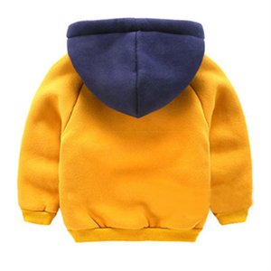 Meninos além de veludo O aquecimento Sweater Outono E Inverno Nova Crianças com capuz roupas do bebê meninos espessamento Com o Pocket Coats 1-4Y 200923