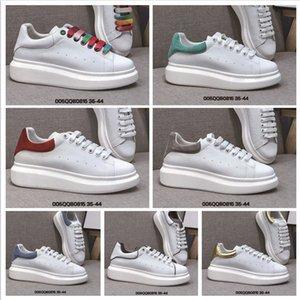 2020 زوج أحذية جديدة الأبيض اون لاين جودة عالية النساء الرجال عارضة زيادة حذاء رياضة ربط الحذاء حتى تنفس أحذية رياضية