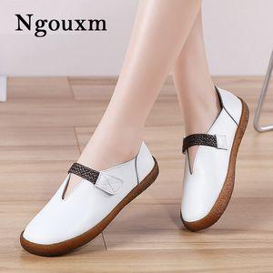 Ngouxm Primavera Autunno Donne Mocassini piatto Split donna scarpe di cuoio casual HoopLoop Bianco Appartamenti Mocassini