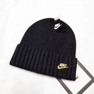2020 Örgü Şapka tasarımcısı Kış sıcak kalın bere şapka, fedoras, Goro şapka, takke erkek ve bayan kayak şapkalar