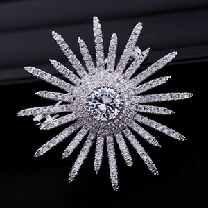 Korean new style hot-selling sunflower inlaid zircon brooch, jewelry temperament, ladies classic all-match brooch accessory gift for women