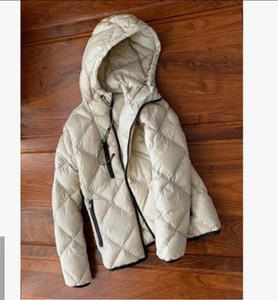Lusso nero leggero strato Inverno anatra bianca giacca piumino delle donne e giacca verso il basso delle donne tre colori