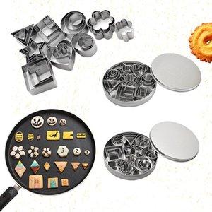 Kalıp 24pcs Pişirme / Seti Geometrik Desen Paslanmaz Çelik Kurabiye Kalıp Yıldız Kalp Çiçek Kesici DIY Kurabiye Kalıp Grafik DH0532