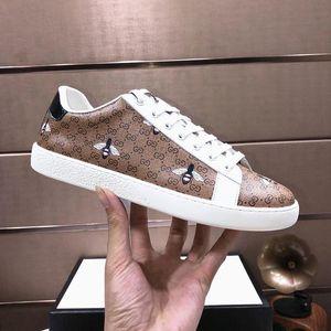 Novos Homens de chegada Shoes Leve Designer Luxury Sports Footwears Lace -Up Casual Shoes Tendência Sneakers Riefsaw Herren Sportschuhe