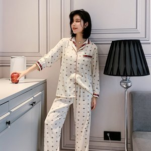 Klassische Bienen-Reihe Damen Nachtwäsche Fashion Silk Pyjamas Set-Top-Grade Breathable Comfotable Nightgown Sleep Hot Sale