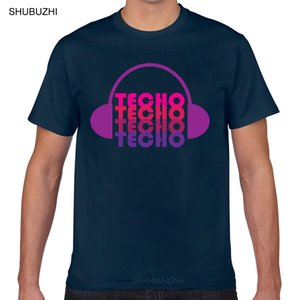 Tops T-Shirt Männer Techno Liebe mit Kopfhörer Design Sexy Harajuku Aussenseiter Druck männlich-T-Shirts