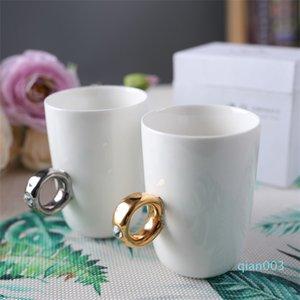 High Grade Coppia Tazza Anello bianco regalo per San Valentino nero tazza dell'acqua di modo di ceramica della chiavetta 10 8JG Ww
