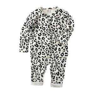Pigiami del bambino Set Leopard Girls Top Pantaloni 2pcs Set Manica lunga Boy Sleepwear Sleepwear High Waist Bambino Nightwear caldo Homewear 4 Designs BT5691