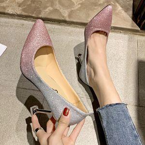 Chaussures simples Femmes Chaussures Robe de mariée pailletée cristal chaussures de mariage Princess Girl Net Red High Heels mince Heeled