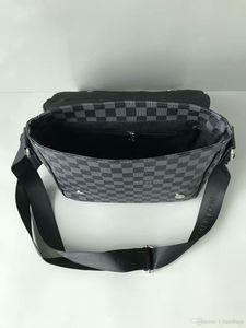 2020 Designer-Kreuz Körper Männer PU-Leder-Handtasche Schwarz-Aktenkoffer Brown Laptop-Umhängetasche Messenger Bag 28cm MJH