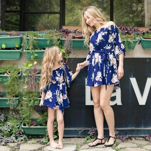 INS Flower girls dresses mommy and daughter matching dresses beach dress Mother and Daughter Clothes matching family dresses B1863