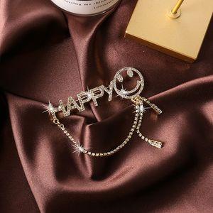 Флэш Алмазной кисточка Smiley Face Письмо брошь женщины костюм корсаж Модного воротник Pin Британский Стиль Pin Знак Модные аксессуары
