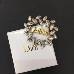 2020 designer de luxo pin broches D frisado broche de designer para revestimento da camisola broche beleza desgaste de alta qualidade selo com logotipo
