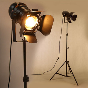 Vintage lampada da terra Industrial Bar creativo Lampade Studio Retro Treppiede Soggiorno basamento della luce di illuminazione a soffitto Comodino Luci Ferro