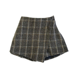 New INS Summer Autumn Kids plaid shorts New Arrival Girls Shorts Autumn Cotton Front Buttons Designer Fashion Girls Shorts 2-8 Years
