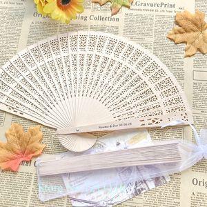 24PCS персонализированный Урожай китайский Aromatic Wood карманный складной ручной вентилятор с органзы мешок подарков на заказ печати Свадебный веером