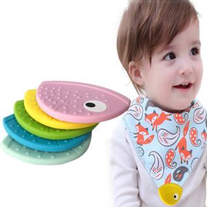 Qualité alimentaire bpa 2020 en gros sur mesure de qualité alimentaire bébé Teething Bibs Coins silicone Teether gros