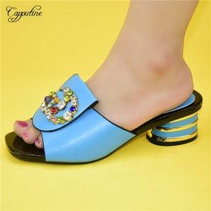 Maravilhoso céu azul de salto médio chinelo sapatos com pedras para a moda senhora 86-9 Altura do salto 5cm