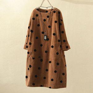 Artı boyutu 5XL Kadife Elbise Moda Kadınlar O-Yaka Uzun Kollu Dot Baskılı Gevşek Günlük Elbise Kış Elbise vestido inverno @ 40 Y200102 uvrA #