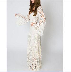 Vintage Bohemian Beach Wedding Dress 2020 BELL SLEEVE LACE Crochet Hippie Wedding Dress Floor Length Boho Bridal Gowns