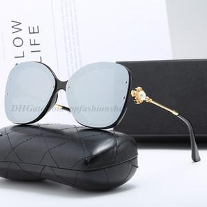 Pearl Occhiali da sole Retro signore fiore di nuovo modo di lusso di vetro di Sun del progettista delle donne di marca Eyewear con la scatola