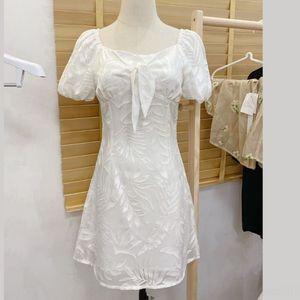 Esdtw xutbX 여름 흰색 허리 2020 새로운 자카드 여성의 소매 프랑스어 A-샤에 대한 평방 칼라 거품 자카드 여성의 첫 사랑 드레스 여성