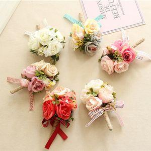 16pcs / embalar Flor Groom Groomsman Corsage Partido Corsage Artificial Flor artificial decorativa Fornecedor