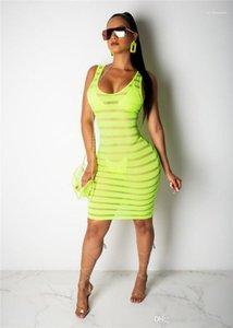 Для женщин Платья Моды Флуоресцентного Тощего дамы платья лето женщины Perspective клуб платье Sexy рукавов Гренадины Designer