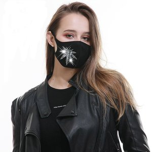 Manufacturer stock European and American ear type cotton mask black dustproof sunscreen washable three-layer cotton mask outdoor mask