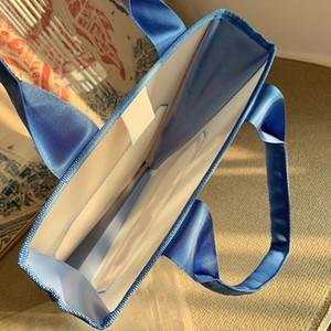 NEW 2020 C الموضة للنساء للماء حقيبة الشاطئ المحمولة على الكتف حقيبة تسوق حقيبة السباحة للسيدات جمع المواد الفاخرة هدية لكبار الشخصيات