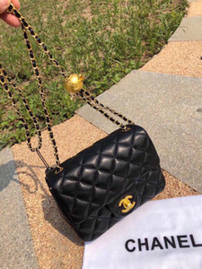 Novas clássico senhora bolsa 7A high-end acessórios de metal de qualidade personalizado bolsa de negócios da moda estilo casual ouro com longa ombro NB581