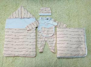 5pcs neonate Sacco a pelo coperta tuta vestito neonato vestito caldo abbigliamento bambino assestamento