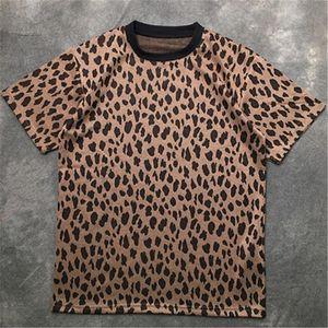 Mens Fashion T Shirt 20ss rua famoso de alta qualidade Leopard impressos camisas de manga Pullover Polo Curto T Homens Mulheres Casais Stylist Tee