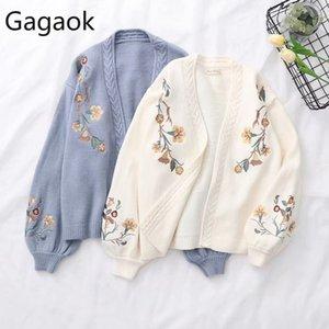 Gagaok donne lavorato a maglia modo del cardigan Primavera Autunno V-Neck manicotto della lanterna ricamo floreale Spesso allentato Harajuku Femminile Maglione T200820