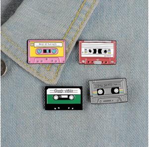 Rétro Rectangle Broche métallique Broche de bande dessinée Broches Vêtements de mode Accessoires Mini Cute Party Decoration Cadeau 2 3QH G2