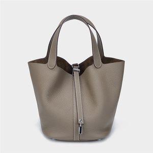 2020 new brand fashion Colorful Bag Basket luxury designer Woman bag Lock Picotin Head Layer Cowhide Bucket Package Hand Carry Handbag Tide