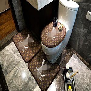 New Arrivals 3PCS Badematten No-Slip-Letter-Muster WC Rug Anti-Blockier-System Universal-Qualitäts-Toilettensitzabdeckung Fußmatte