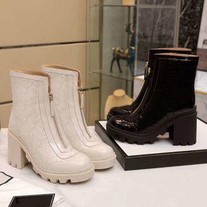 Tasarımcı sonbahar kış bayan ayakkabı moda% 100 deri çizme lüks Martin botları seksi kadın mektup Yüksek topuklu ayakkabılar Büyük boy 35-41-42