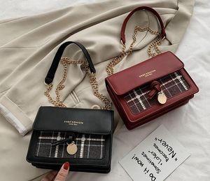 Новый дикий дизайнер женская сумка 2020 мода простая сумка мобильного телефона на один плечо
