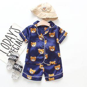 2020 Garçons Filles Designer Cartoon Ours Home Wear Ensembles Pyjama enfants Deux-pièces Costume manches courtes pour enfants Vêtements pour enfants Accueil Vente au détail