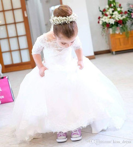 2020 White Princess Long Flower Girl Dresses A-Line Half Sleeve Tulle First Communion Dress Sweep Train Lace Girls Pageant Party Gown