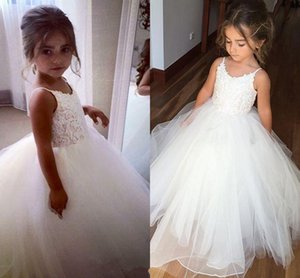 2017 New Cheap Sleeveless Tulle Lace Flower Girls Dresses Top Spaghetti Formal Kids Wear For Party Free Shipping Toddler Gowns Custom Made