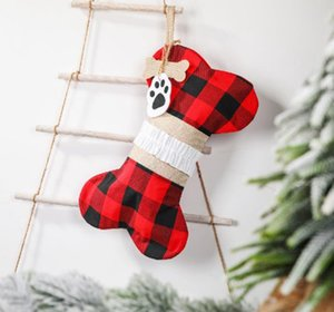 Christmas Gift Bags Bone Shaped Christmas Stocking Plaid Xmas Tree Hanging Socks Pet Stocking Kids Candy Bag Xmas Decorations BT5736