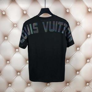 Top Tees Otoño O-cuello de las camisetas casuales Carta 2020 Diseñador camiseta del verano de lujo del bordado de los hombres de las mujeres de los hombres de ropa de manga corta camisetas