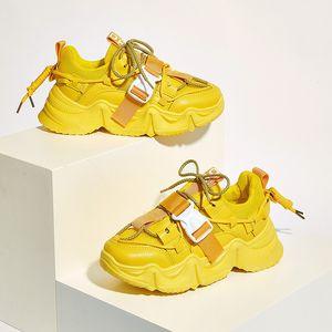 Rimocy Желтых коренастых платформ кроссовки женщины Осень 2020 Высоких платформы Повседневной обуви Женщина Толстых Bottom Пряжка вулканизация обувь T200827
