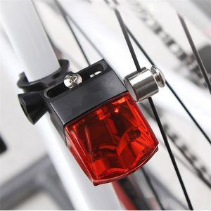 Bisiklet Bisiklet Güç Taillight Bisiklet Su geçirmez Işıklar İndüksiyon Lambası Mıknatıs Uyarı üret