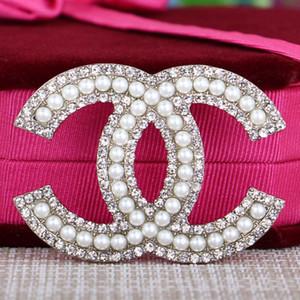 Nouveau tempérament Broche strass alphabet coréen perles sauvages Broche corsage femme en forme de décorations de Noël 018