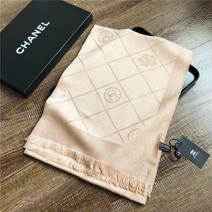 Alta qualidade Primavera Feminino designer de luxo lenço de seda marcada luxo lenço Echarpe marca de moda clássico lenço de luxo Echarpe Foulard