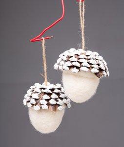 "Christmas Big Wool Pine Cone Ornaments Felt Acorn Christmas Tree Decoration Handmade Crafts Christmas Home Hanging Ornament4.35"" Dia"